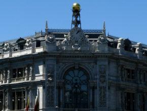 LA ralentización económica obliga al Banco de España a esperar para tomar medidas