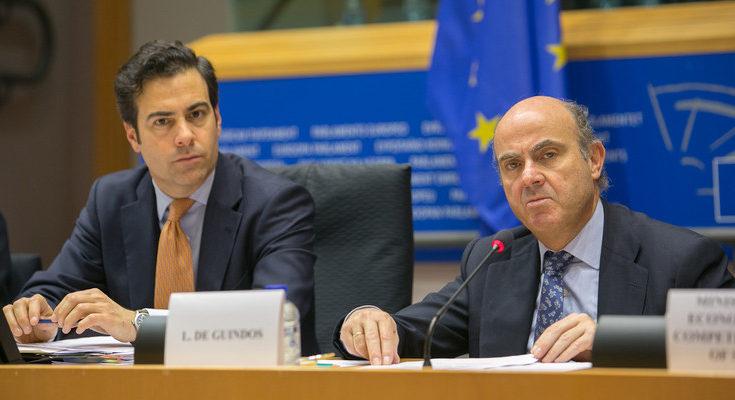El vicepresidente del BCE atendió al diario El País en el Banco de España
