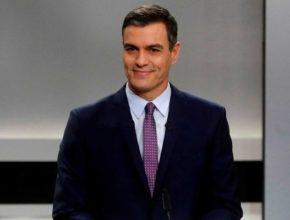 Sánchez combate el voto del centro a PP y Ciudadanos