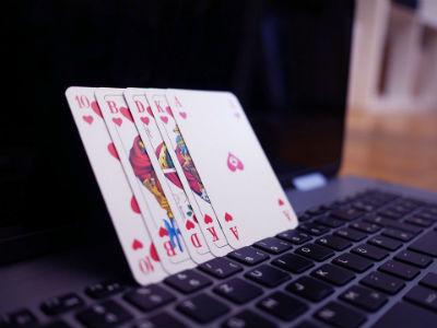 Riesgos y desventajas de jugar en un casino online