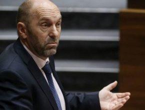El vicepresidente del Principado reconoce un problema de emisiones en la zona oeste de Gijón