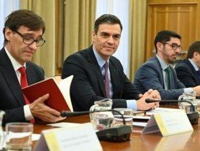 El presidente del Gobierno anunció esta tarde el paquete de medidas para combatir el impacto del virus