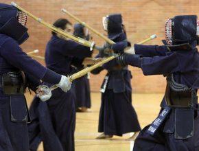 practicar Kendo